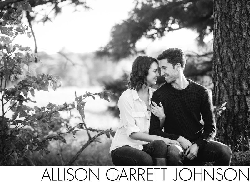 Black and White Engagement Picture on Log
