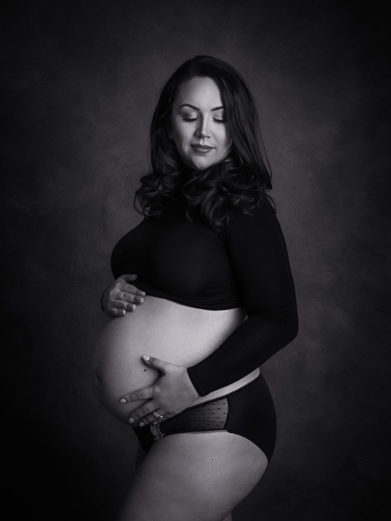 Black and white maternity photos newbridge south wales newborn