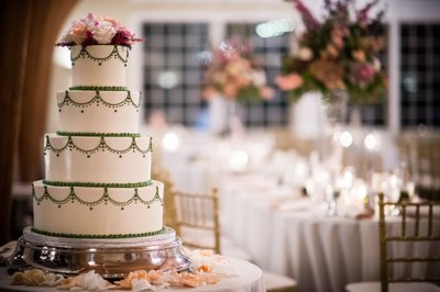 Bonnet Island Estate Wedding Cake