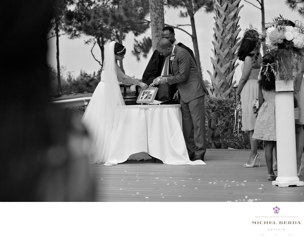 Bride and Groom untiy THE WESTIN HILTON HEAD ISLAND RESORT & SPA