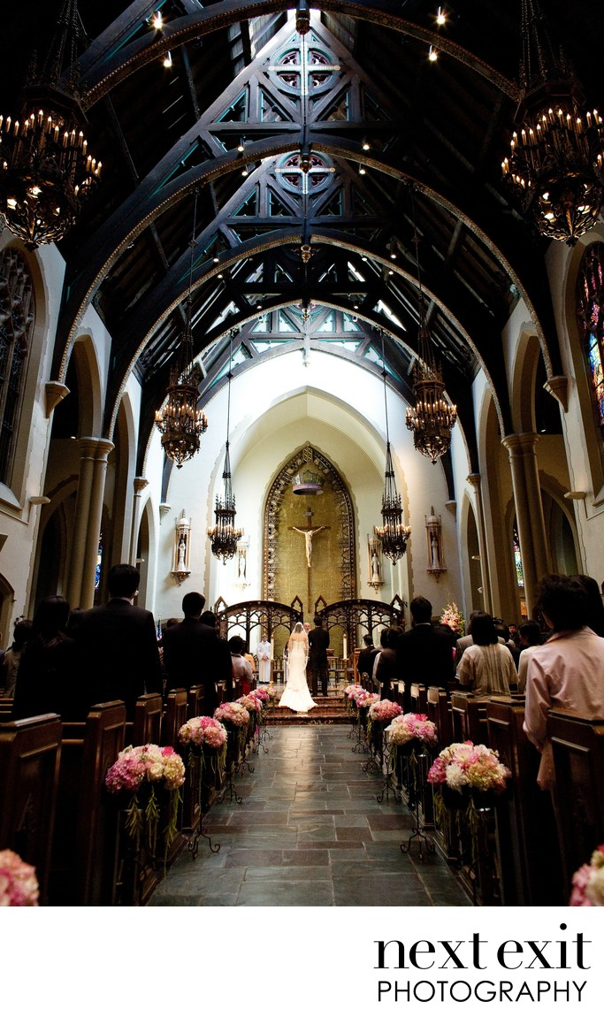 Top Catholic Church Wedding Photographer