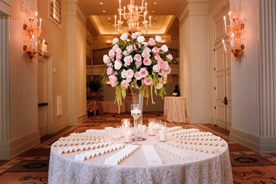 Guest Table Cards with Pink Roses at the Hotel Casa Del Mar