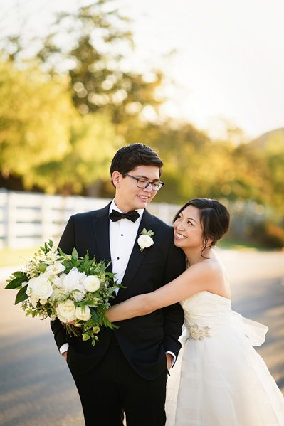 Hummingbird Nest Ranch Wedding Photographer