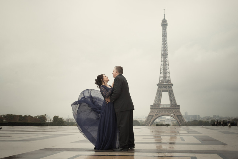Eiffel Tower Trocadero couples portrait Paris France