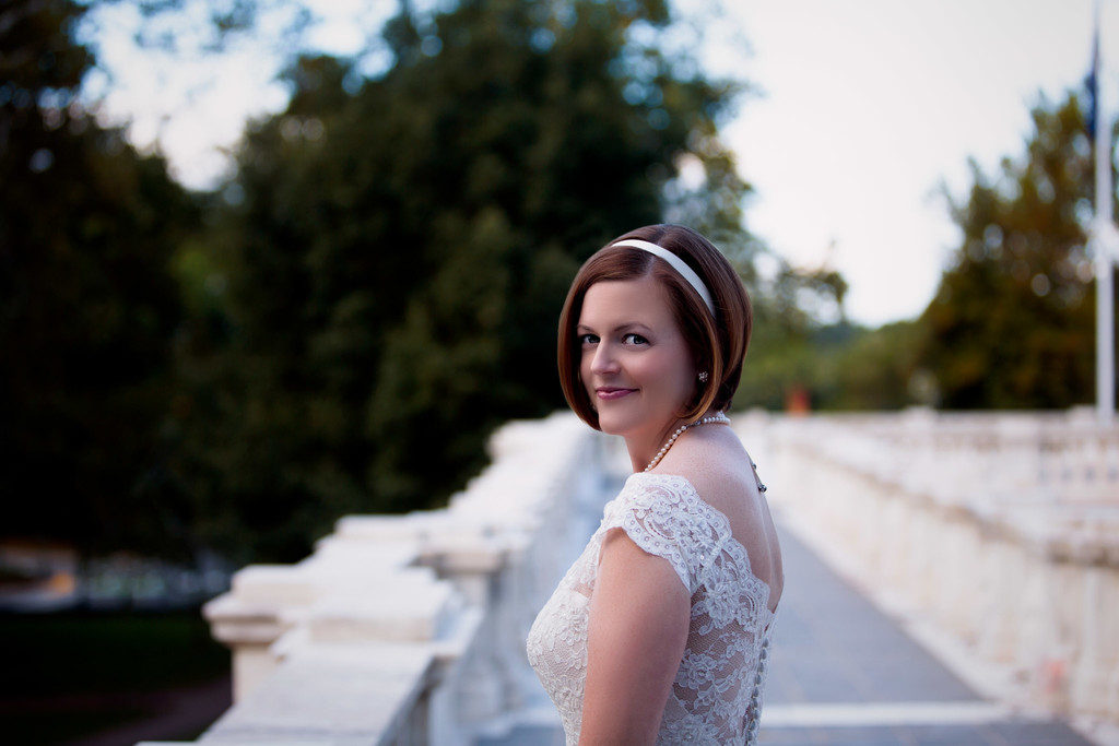 Bridal portrait at the Rotunda at UVA Charlottesville