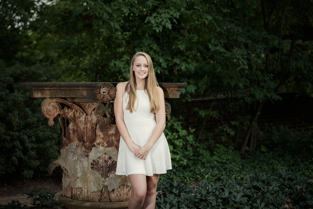 Senior Portrait at UVA Gardens Charlottesvile Virginia