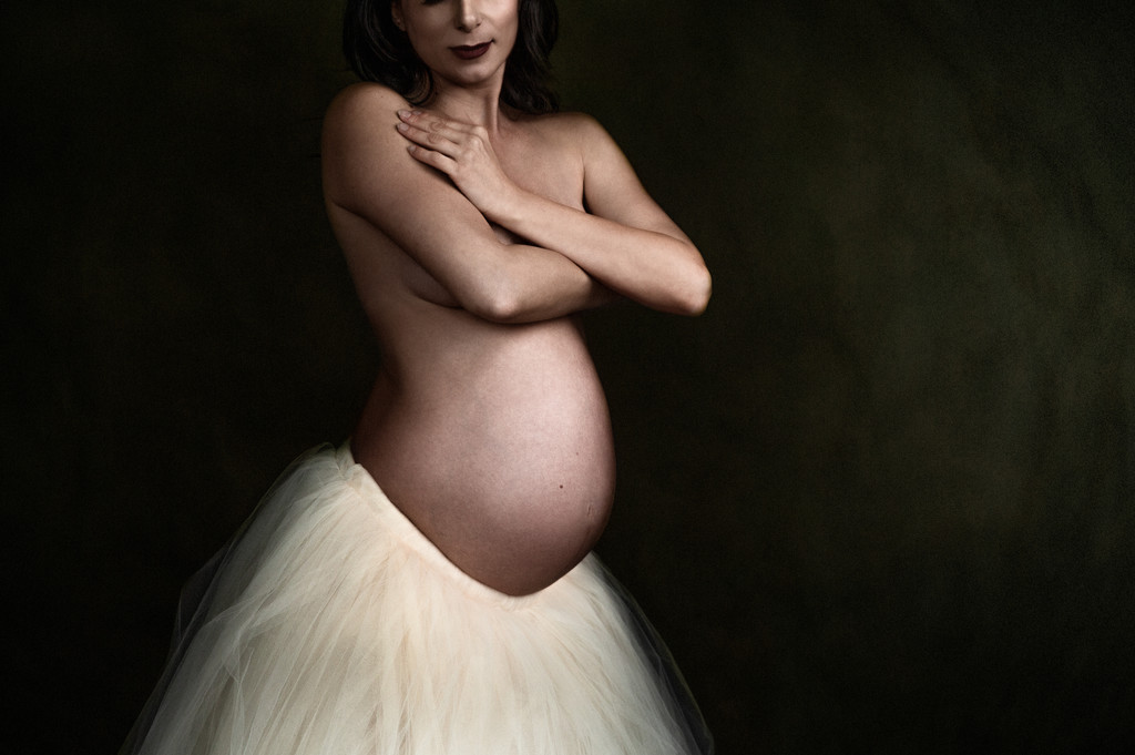 Maternity Portrait in Yellow Tulle skirt