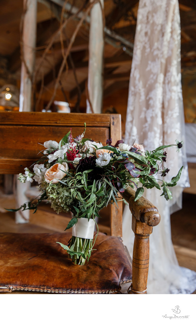 Ski Lodge Wedding Details
