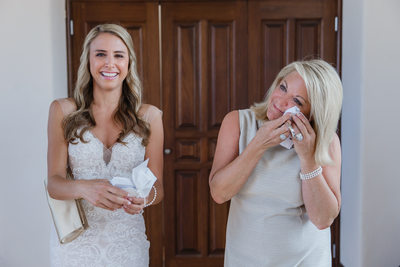 How to Make Mom Cry on Your Wedding Day