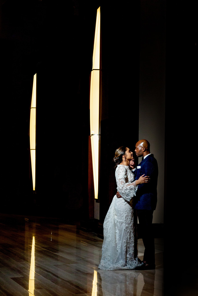 Nashville_Downtown_Hilton_Unique_Indoor_Wedding