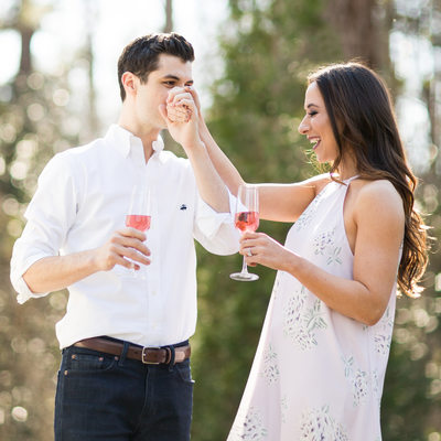 Outdoor Romantic Engagmenet Photos