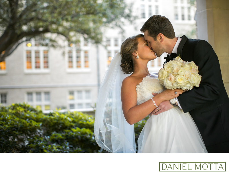 Dallas Newlyweds Kiss at Highland Park United Methodist