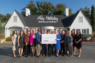 Ebby's Little White House for United Way Metropolitan
