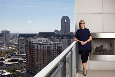 Dallas Real Estate Agent Photograph at Azure