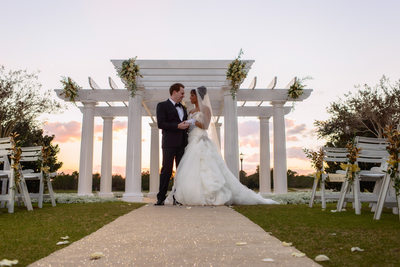 Outdoor Wedding Photographer in Orlando