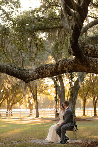 Outdoor Wedding Photographer in Tampa