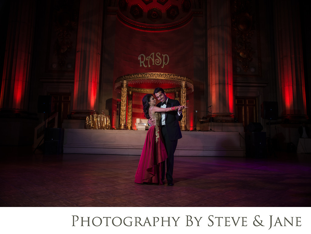 Mellon Auditorium Wedding Washington DC