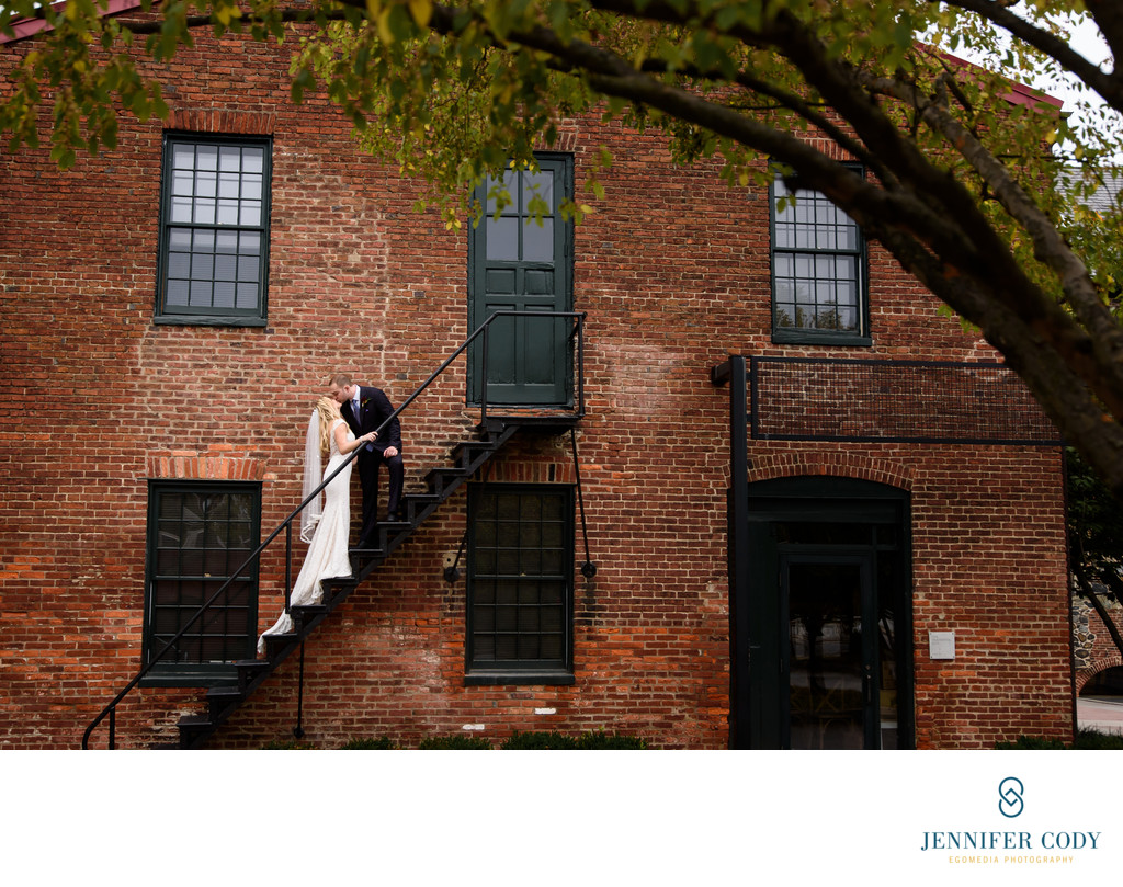 Mt. Washington Mill Dye House Baltimore wedding
