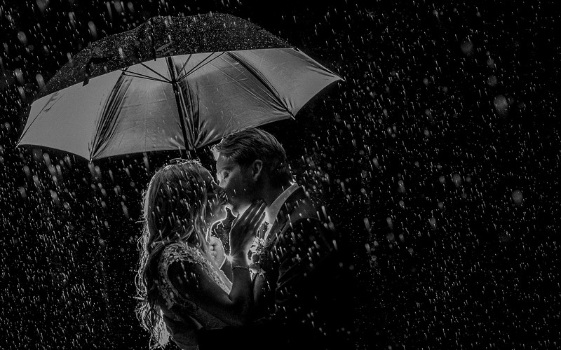 Spruce Point Inn maine wedding photographer captures rain shot