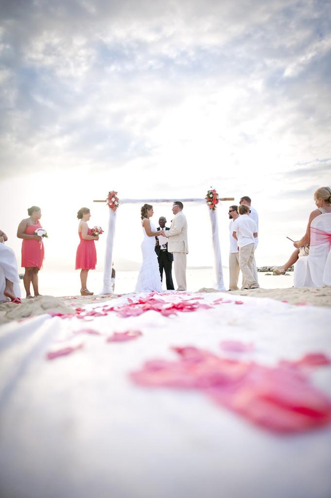 a9839b6928 Destination Wedding Photographer Kim Chapman - Maine Wedding ...