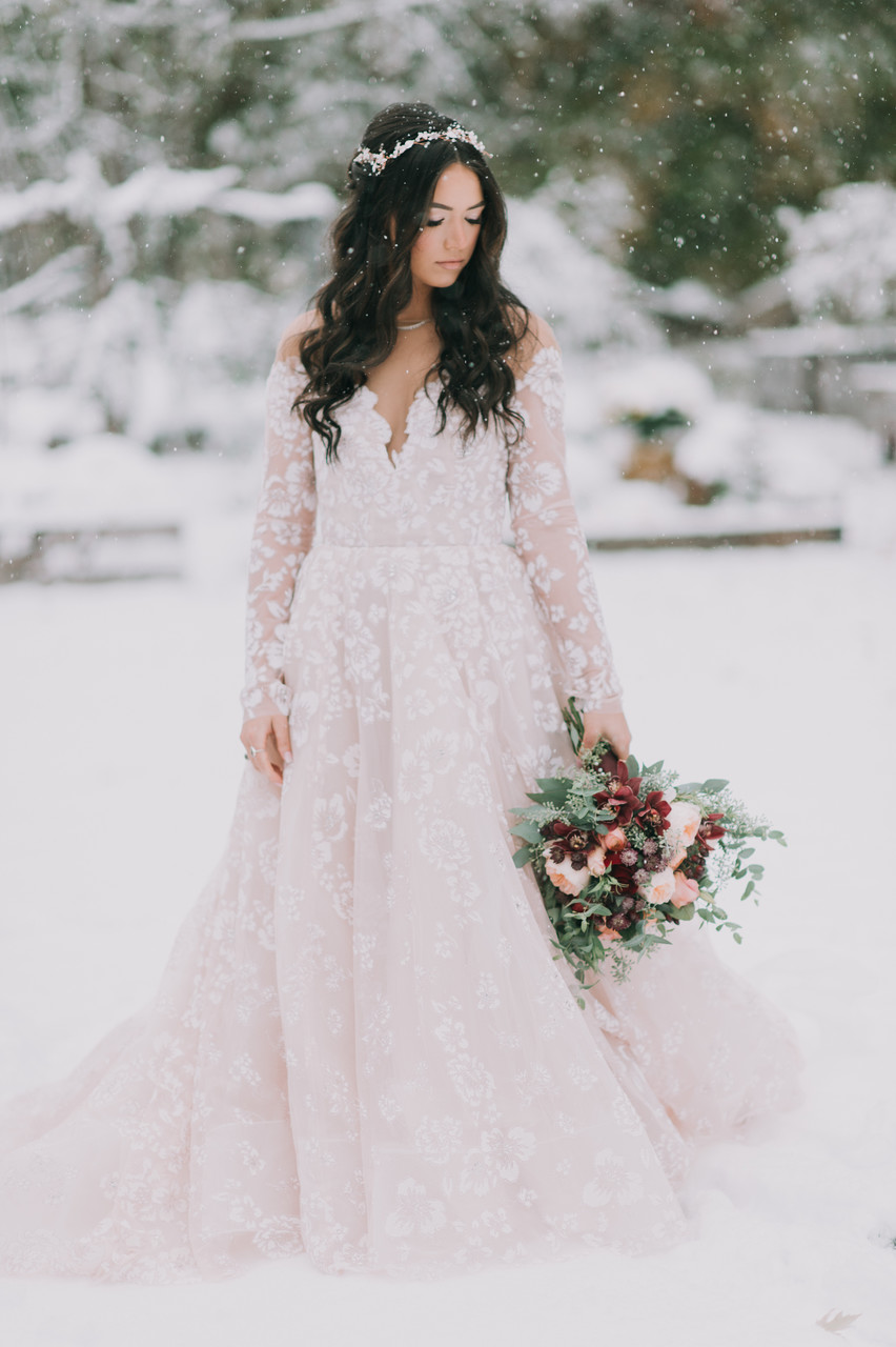 Winter Wedding at Hardy Farm in Maine