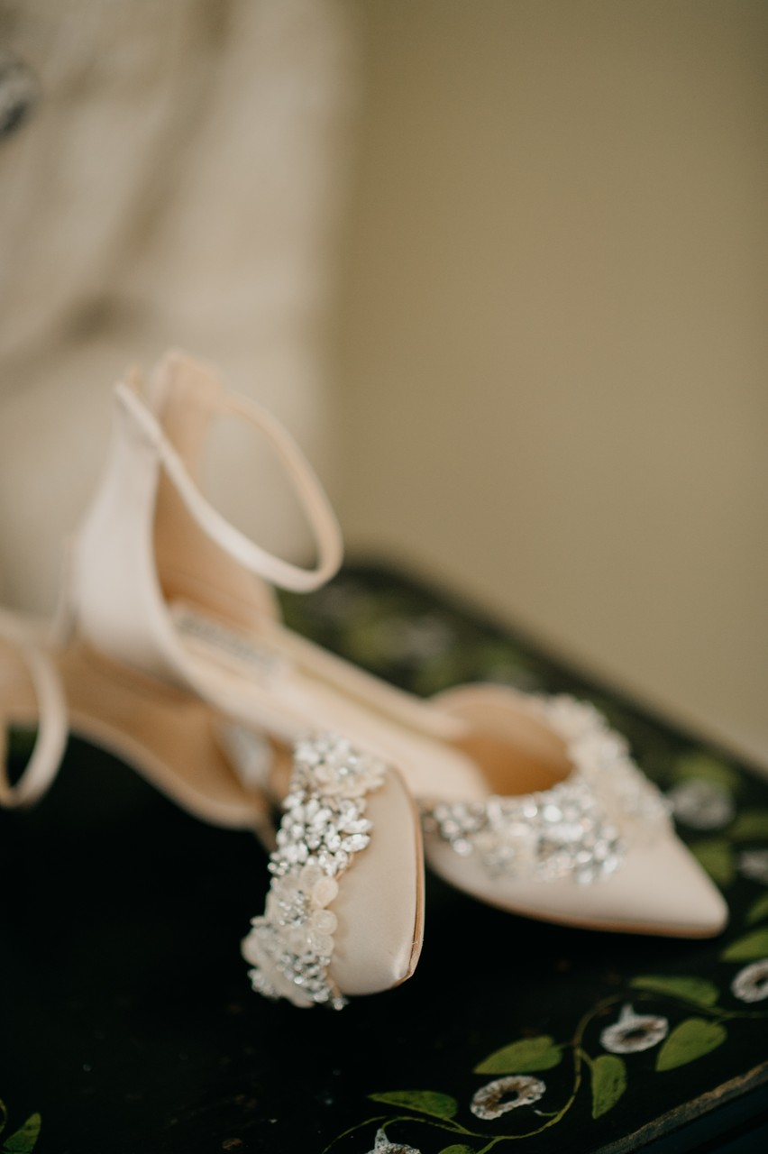 Kennebunkport wedding photographer captures shoes