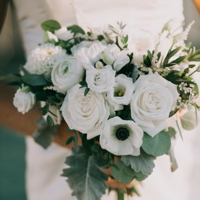 Spruce Point Inn bouquet