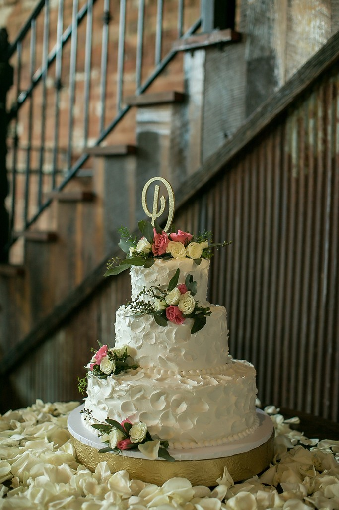 Wedding Cake by Mug and Muffin Cafe