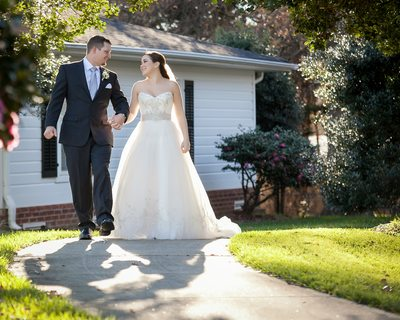 Natural light wedding Bride Groom image Ryan Nicholas Inn