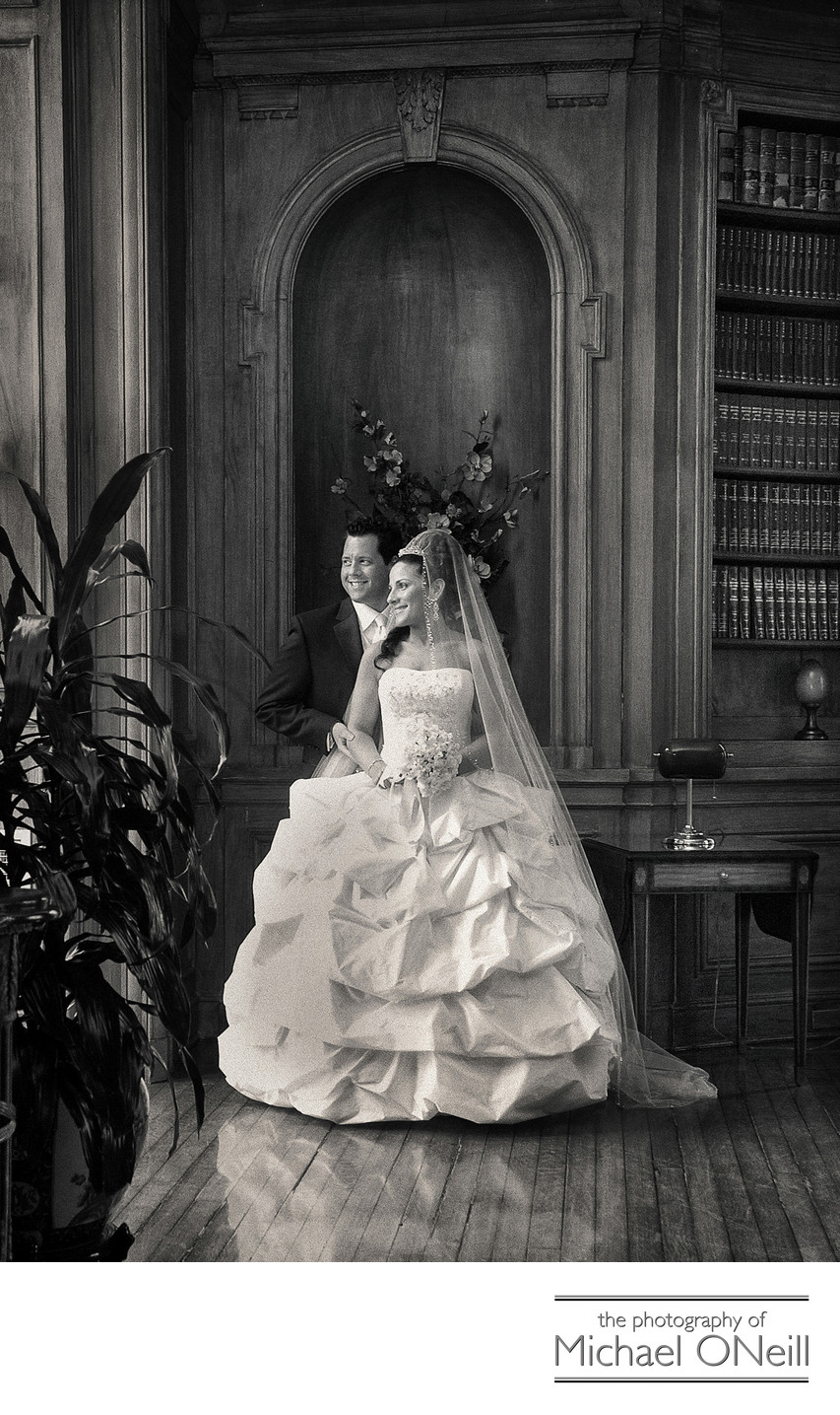 Great Oheka Castle Library Best Wedding Photographer