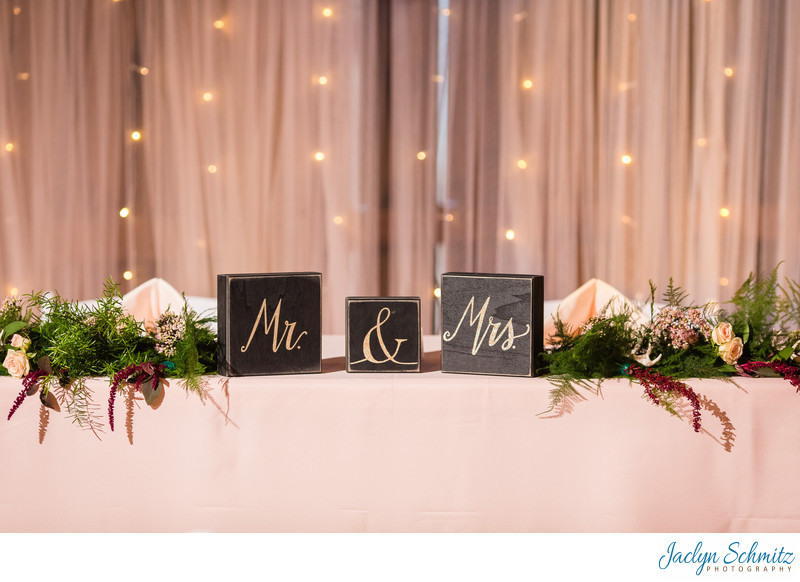 Mr and Mrs head table wedding