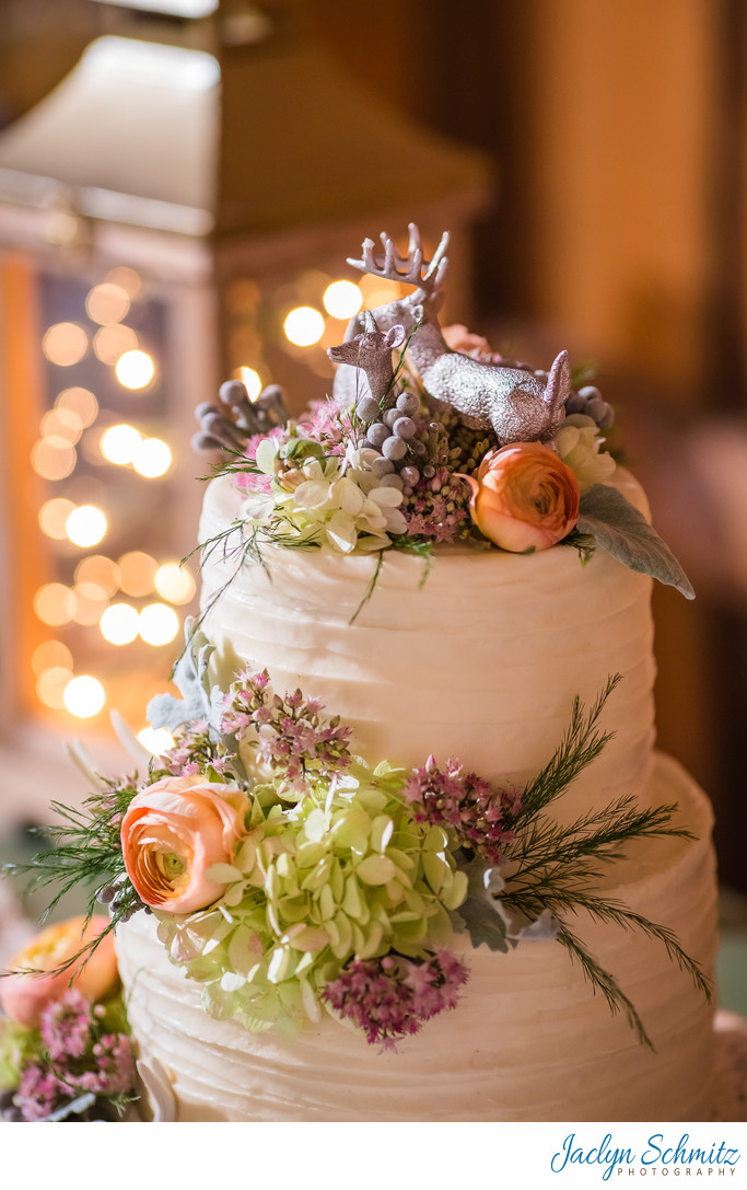 Deer wedding cake by Sweetie Pies Nancy Cadieux