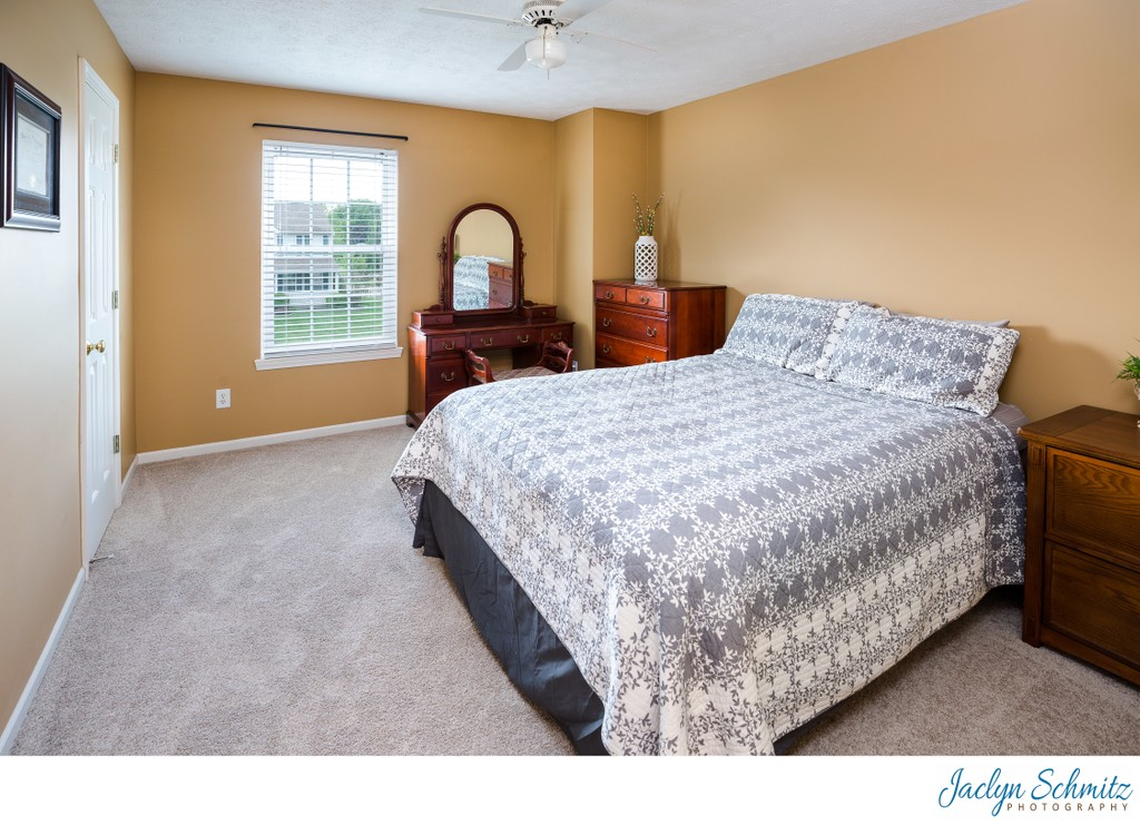 Guest bedroom home for sale