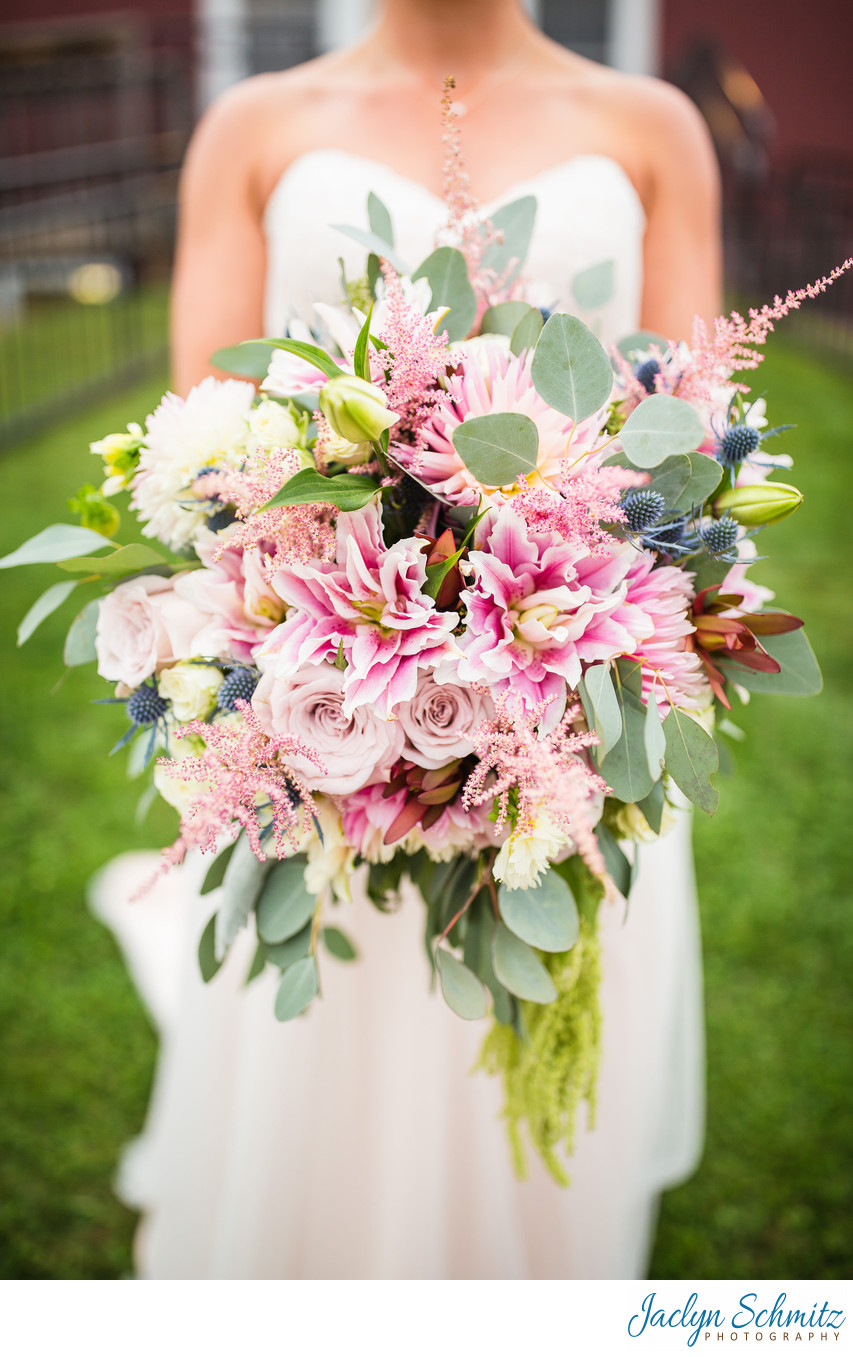 Gorgeous pink wedding bouquet VT