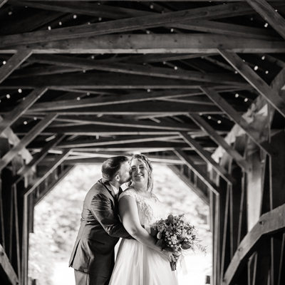 Beautiful covered bridge wedding photos Vermont