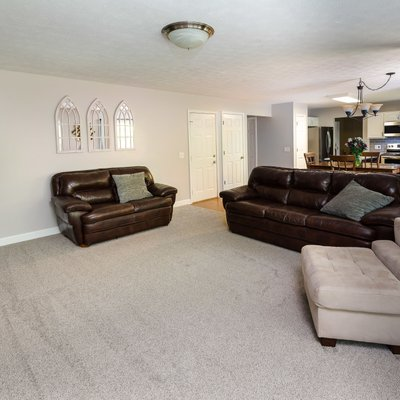 Large family room off kitchen