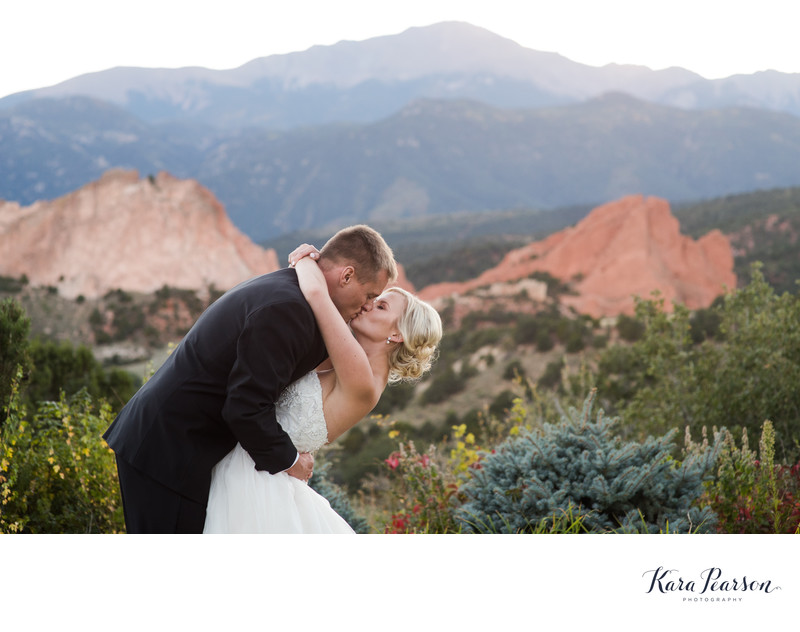 Romantic Wedding Photographs Garden Of The Gods