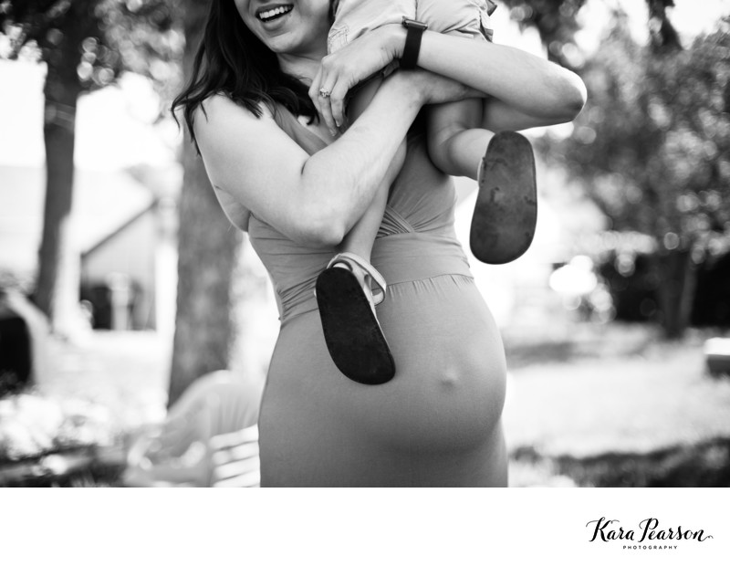 Artistic Maternity Portraits In Denver