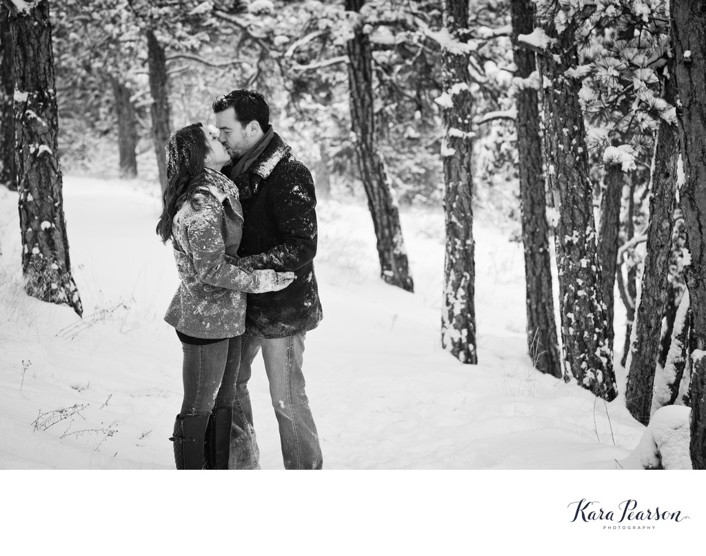 Snowy Winter Engagement Session At Mount Falcon Park