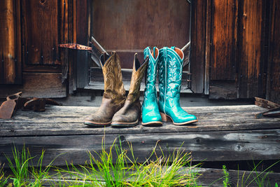 Albuquerque wedding photographer rustic cowboy boots