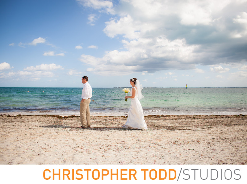 Destination Wedding Bride and Groom in Cancun Firstlook