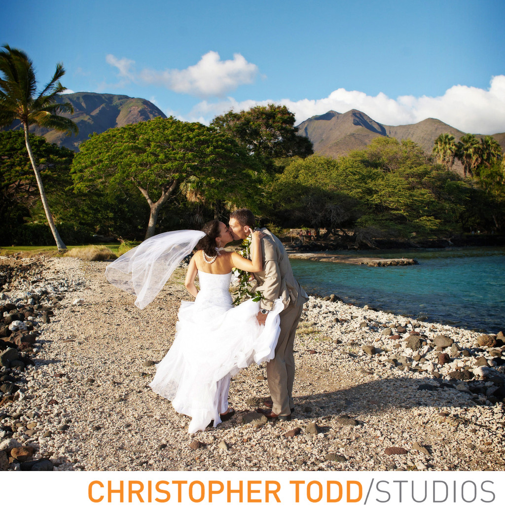 Maui Wedding Photographer Olowalu Plantation House