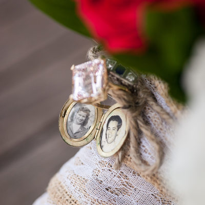 Brides Bouquet Locket At Catalina View Gardens