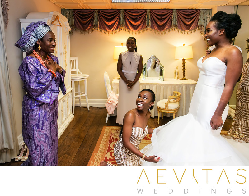 First look between bride and mom at Nigerian wedding