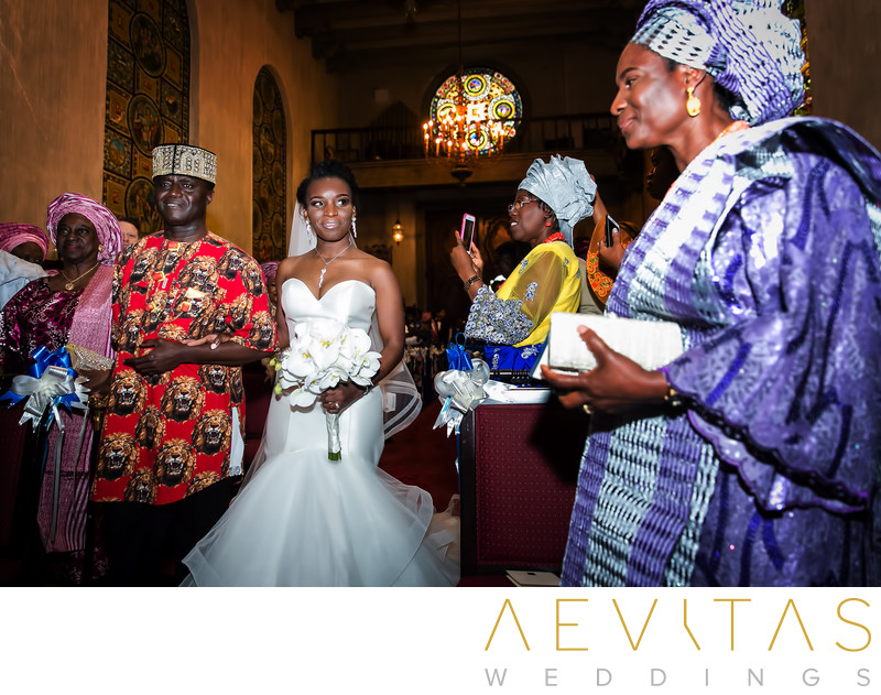 Special family moment at Nigerian wedding ceremony
