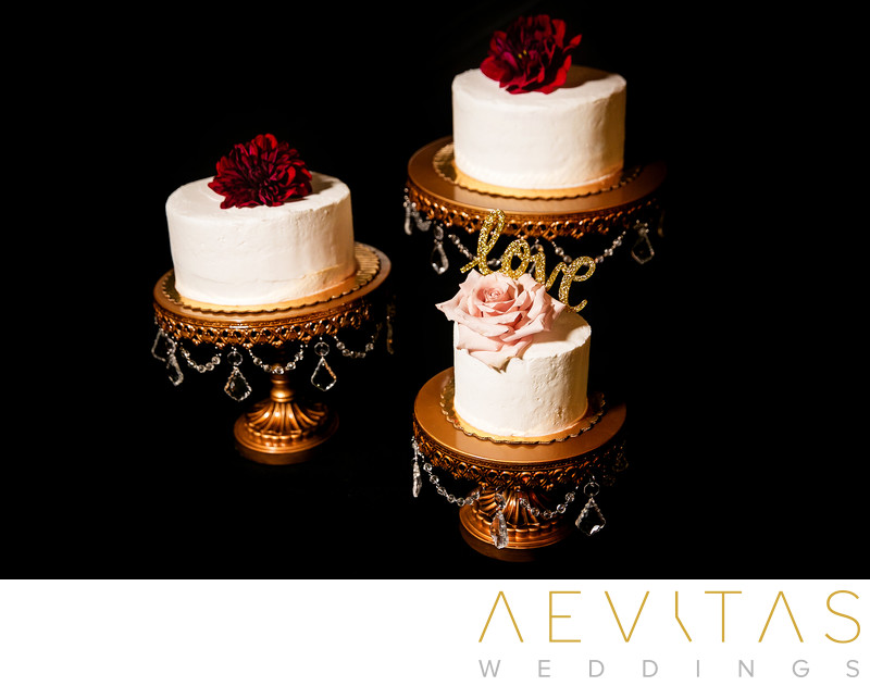 Wedding cakes with roses at Cicada Restaurant