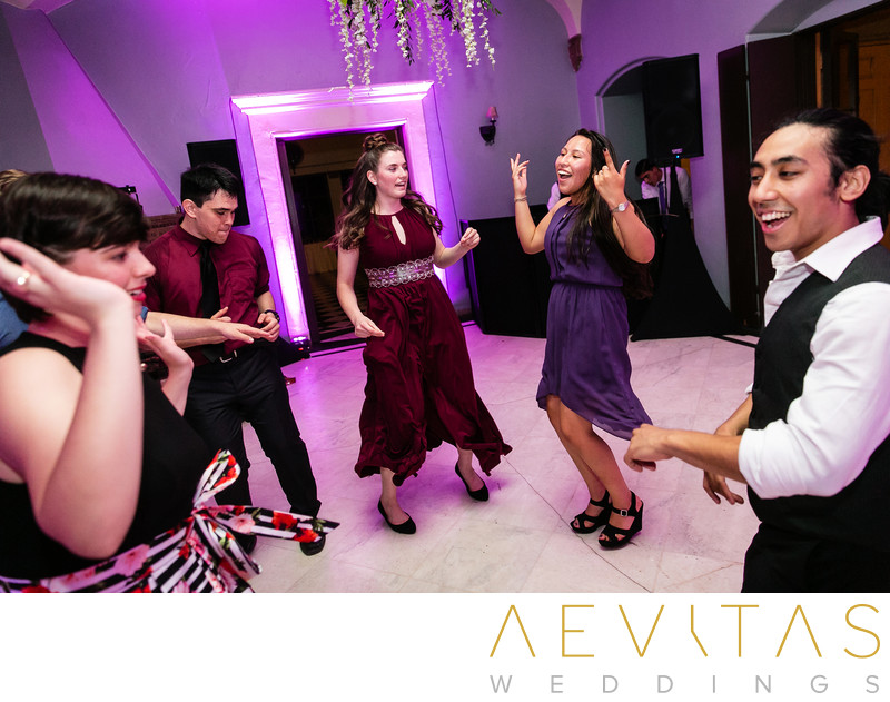 Wedding guests dancing by Sierra Madre photographer