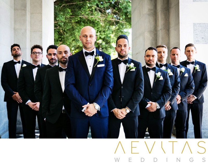 Creative groomsmen photo at California State Capitol