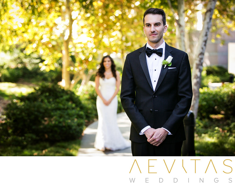 Bride walks to groom for garden first look in LA