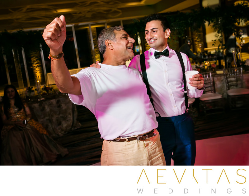 Groom and father-in-law special reception moment